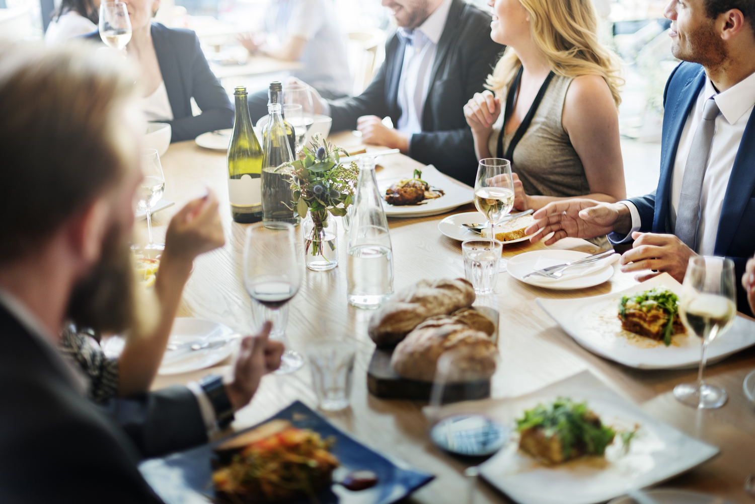 Dining Etiquette Around the World | Planned Traveller ...  |Eating Etiquette